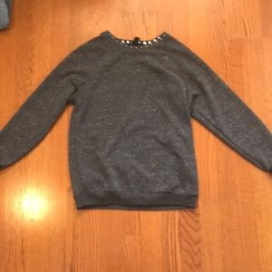Sweaters - Cute edgy lightweight sweater
